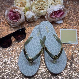 Michael Kors Logo Flip Flop Sandals 7M